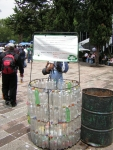 plastic-bottle-garbage-can2