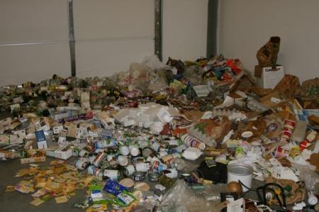 Ari's trash