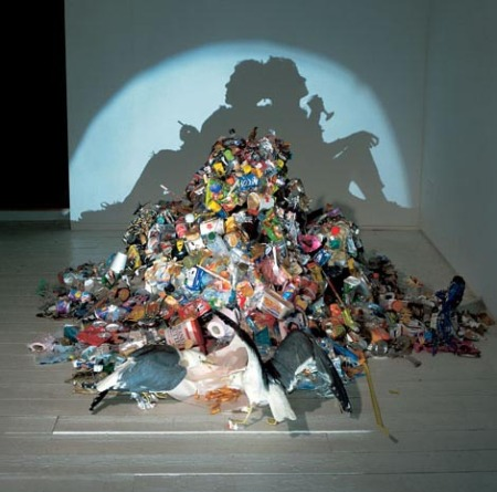 Trash shadow sculpture by Tim Nobel and Sue Webster